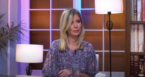 Dr Anja Zmbov